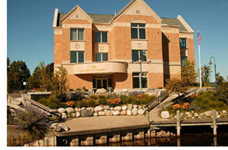 Traverse_City_Area_Chamber_Building